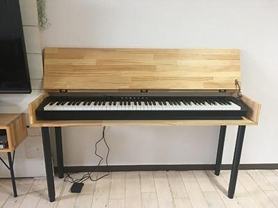 勉強机にもなる電子ピアノ台DIY